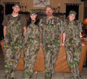 The family that hunts together...wears camo together.